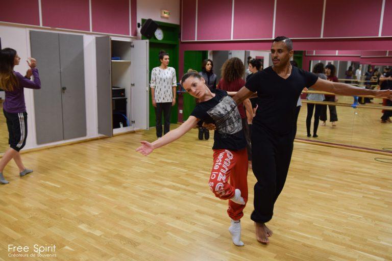 Emajinarium spectacle danse duo paris theatre