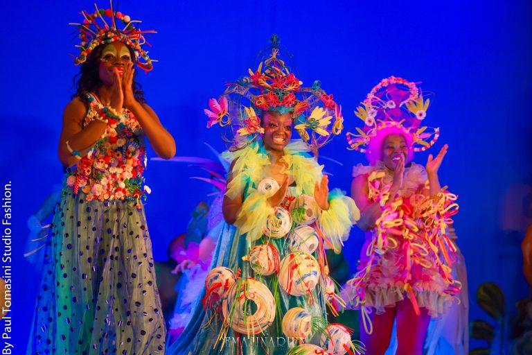 spectacle pour les enfants EMAJINARIUM costumes maquillage artistique body painting théâtre danse Free Spirit Fraise au Loup Madeleine